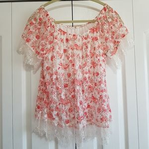 Pink floral peasant top, lace trim, festival chic